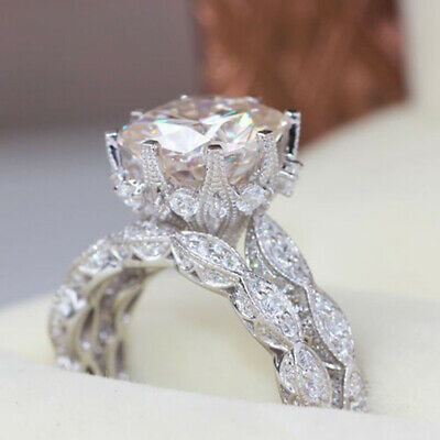 Hot Selling Flash Diamond Round Engagement Rings Women's Rings Hand Jewelry