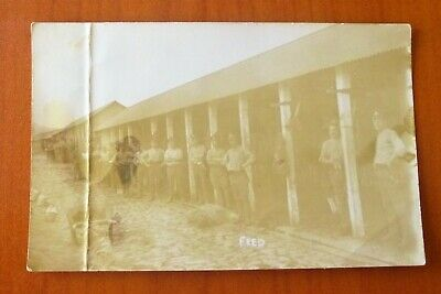 WW1 vintage postcard. FEED. Soldiers feeding their horses. Unposted