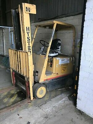Hyster Electric Forklift E50B - 2T Capacity - Complete with Charging Unit