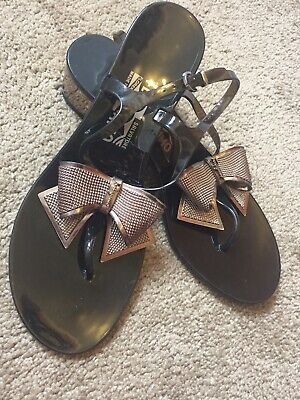 8cb69f9384b2 SALVATORE FERRAGAMO JELLY Sandals Thong Bow size 9 -  55.00