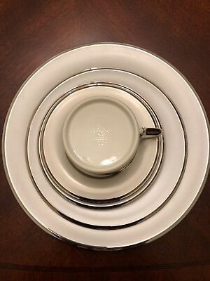 LENOX china IVORY FROST 10 five-piece Sets, Cup Saucer Dinner Salad Bread