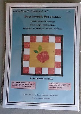 Patchwork Pot Holder Kit by Caronie 18 x 18cm inc fabric for 2