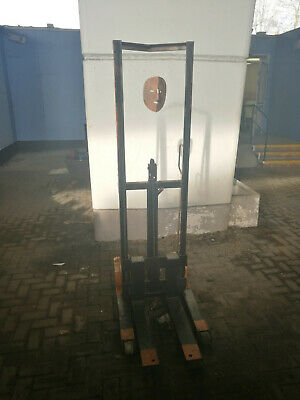 Pallet stacker short SWL 250kg London haunted comes with free lifting spirit