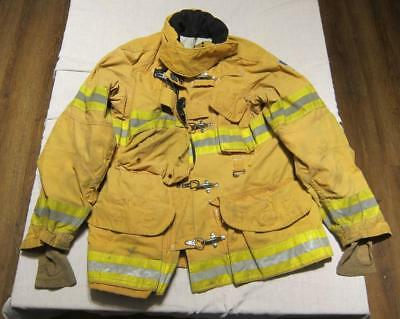 Lion Janesville Firefighter Fireman Turnout Gear Jacket Size 46.32.31 - (EE1)