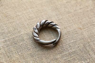 Excellent  RARE Viking SILVER Twisted Ring 9-10 AD
