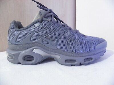 NIKE AIR MAX Plus Tuned 1 Tn Triple Grey Anthracite Trainers