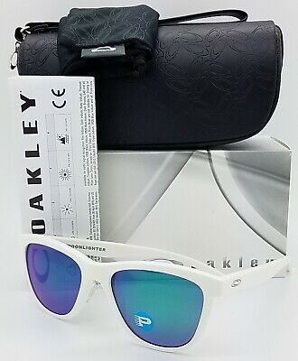 022c32ee76 NEW Oakley Moonlighter sunglasses White Jade Polarized 9320-06 AUTHENTIC  womens