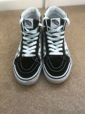 b2bf854b057 DKNY CONNIE WEDGE Sneakers Trainers Black Leather UK Size 4.5 ...