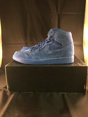 7c109fc25167fe Nike Mens Air Jordan 1 Retro High Size 9.5 Blue Suede Team Royal 332550-404