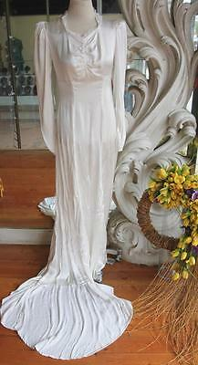 Vintage 1930s Sweetheart Neckline Satin Wedding Dress with Train 34 Bust