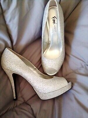 45ab5bb26a Fioni Night Womens Silver Glitter Peep Toe Stiletto Platform High Heel Shoe  Sz 7