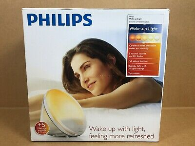 Philips HF3520 WAKE UP LIGHT, Natural Sounds & FM Radio LIGHT ALARM CLOCK, White