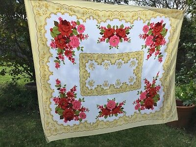 Vintage Retro Rectangular Table Cloth Floral 126cm x 148cm