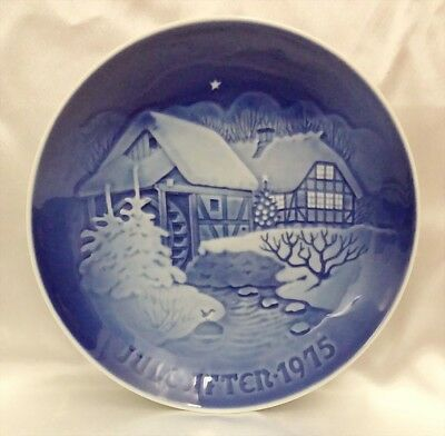 ♡ Copenhagen Denmark Christmas Plate At The Old Watermill 1975