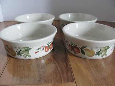 Wedgwood Quince - Fruit on Rim - Set of 4 Fruit Dessert Sauce Bowls - 5 1/4""