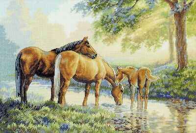"DIMENSIONS GOLD COLLECTIONS""HORSES BY A STREAM""CROSS STITCH KIT Kreuzstich STICK"