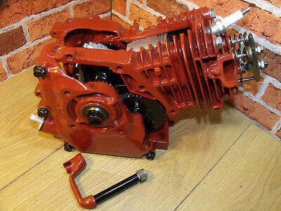 Engine Sectioned, Cut Away, 4 stroke, Stationary Engine, Display Engine. OHV.