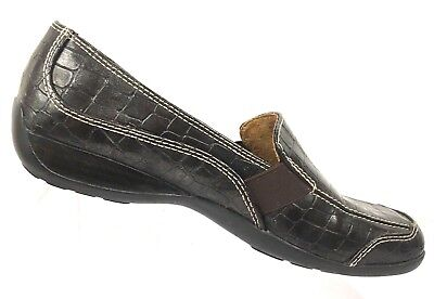 8c55dfcc99a Natural Soul Women s Brown Croc Print Leather Slip-On Loafers Flats Shoes 6M