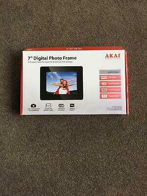 """New AKAI 7"""" Digital Photo Frame in great condition"""