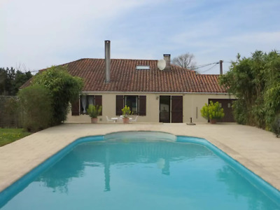 HOLIDAY HOME LET IN VENDEE, FRANCE. Special Offer for July... BE QUICK!!!!