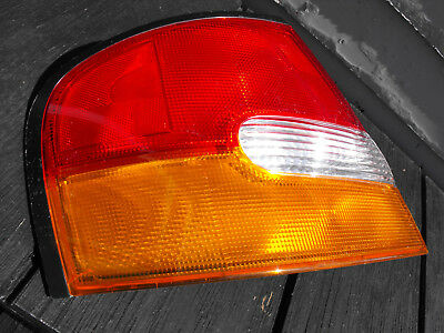 1998 1999 Nissan Altima Left Drivers Side Tail Light Used 2xl 938 618