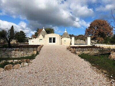 2 Bedrooms Restored Stone Villa Trulli, Cisternino Puglia ITALY - Investment
