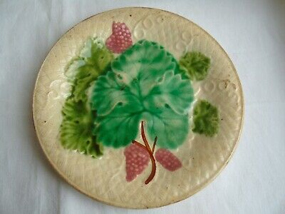 French antique majolica strawberry leaves plate collection 19th century