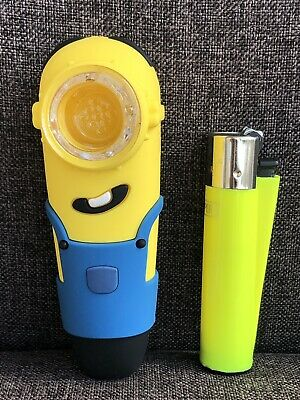 "4"" Silicon Minion Hand Pipe With Glass Bowl"