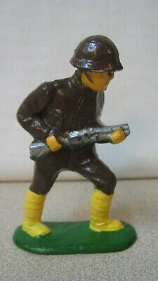 Barclay Manoil Grey Iron Dimestore 1930s Japanese Soldier w/ Rifle 90-95% Paint