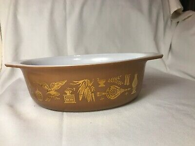 Vintage Pyrex EARLY AMERICAN Oval Casserole #043 -  1 1/2 Qt.