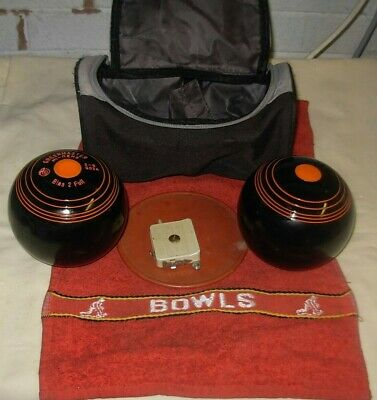 Superb pair of GREENMASTER HIGH DENSITY Crown Green Bowls  2-8 with Bag, Measure