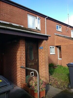 2 Bed Flat in quiet area Leyland Lancashire PR26 7UE