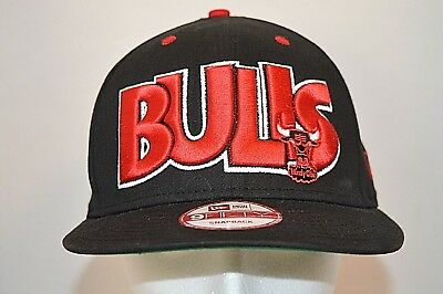 84500f41caf CHICAGO BULLS NEW Era 9FIFTY Black   Red Windy City SnapBack Cap Hat ...