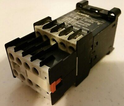 Seimens - Relay 3Th2031-Oak6  Contact With (4) Aux. Contact Block - 3Tx4404-Oa