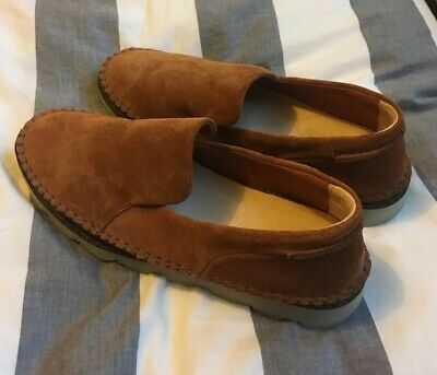 21503b189ec CLARKS Suede Tan Brown Loafers Size UK 6.5 D Worn Once   Leather Comfort  Slip-