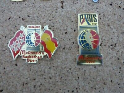 Lot de 4 pin's thème Basket ball Mc Donald's
