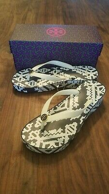 c4585b762 New Tory Burch Printed Carved Wedge Flip-Flop Perfect Ivory tapestry Geo  Size 8
