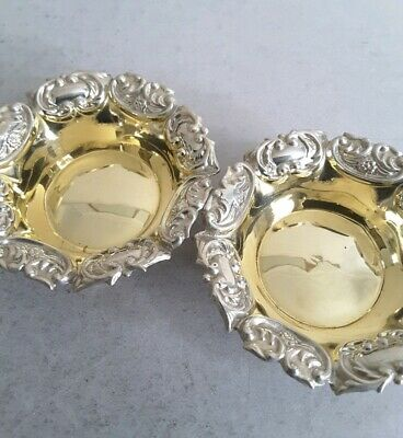 Small, Pretty Pair Antique Solid Silver / Gilded Salt Cellars.       Birm.1905.