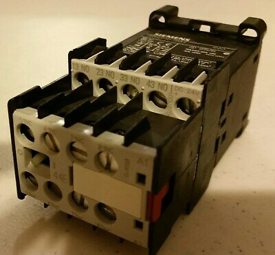Seimens - Relay 3Th2040-0Bb4 - Contact With (4) Aux. Contact Block - 3Tx4404-0A