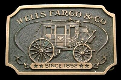 Ph04148 Great Vintage 1973 **Wells Fargo & Co** Official Solid Brass Belt Buckle