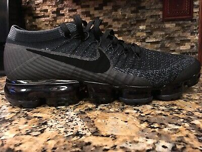 check out ed091 a3c2e NIKE AIR VAPORMAX Flyknit Triple Black 2.0 Size 10