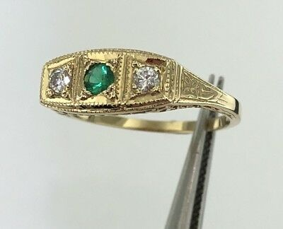 Lady's 14k yellow gold Victorian style genuine Emerald & Diamond ring