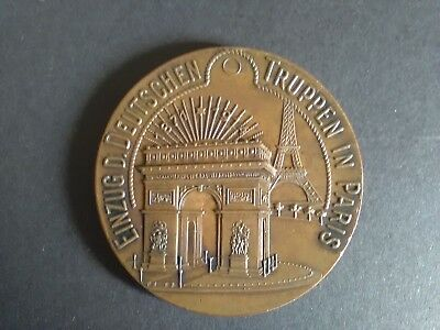 An original 1914 German Empire Entry into Paris WWI Historical Medal, XF to AU