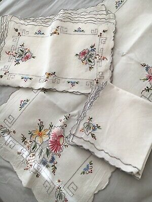 Vintage Embroidered Table Runner, Placemats And Napkins