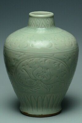 Fine Chinese Longquan Celadon Meiping