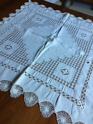 """ANTIQUE?  vtg tablecloth layover sham ivory tenerife lace cluny crochet lace 28"""""""