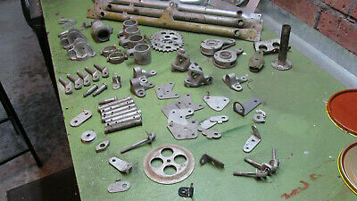 Tiger Moth DH82 assorted bracketry