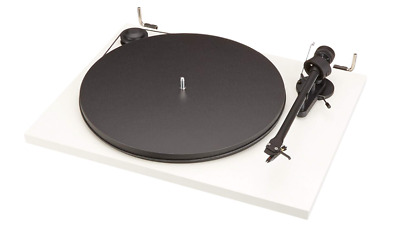 Pro-Ject Essential II White