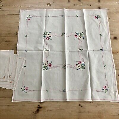 Vintage Tablecloth W/ 4 Napkins Linen? Silk/ Cotton??Embroidery Pansy's Flowers