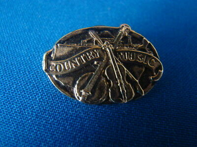 COUNTRY MUSIC METAL BADGE OVAL 27mm WIDE